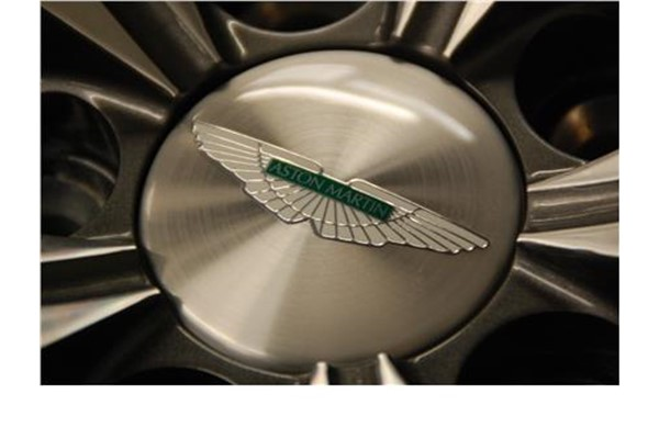 Wheel Centre Badge (Silver-Green Inlay)