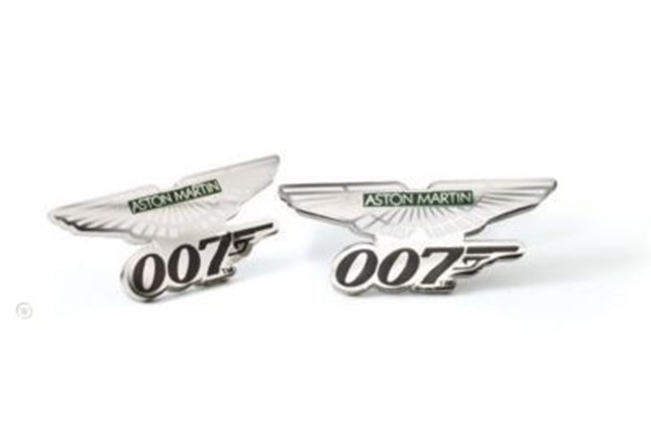 Aston Martin 007 Pin Badge